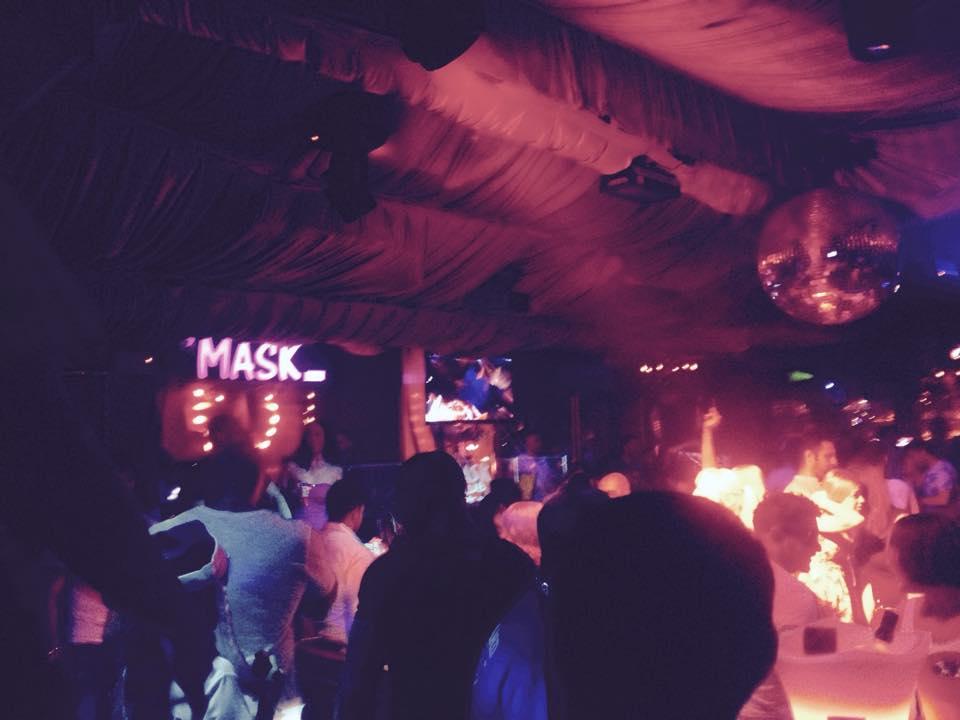 MASK店内