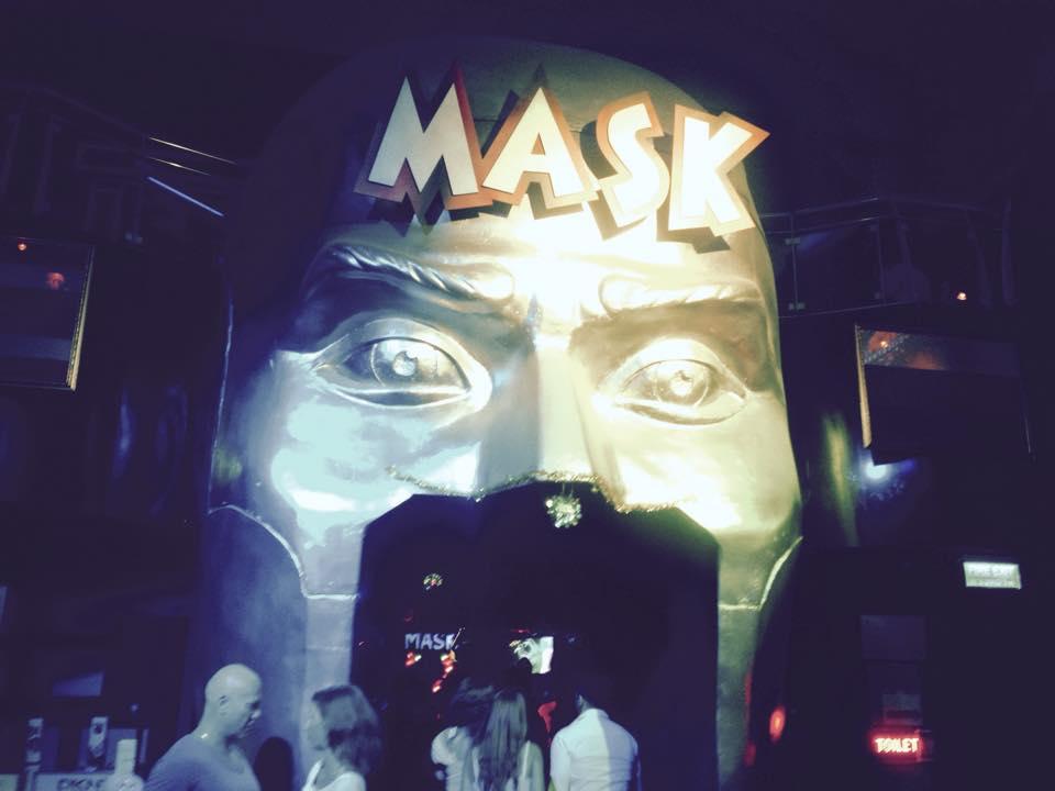 MASK入り口